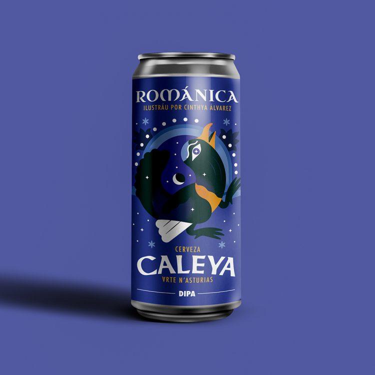 Lata de cerveza Caleya Románica, en tonos azules, en la que aparece un urogallo en estilo románico.