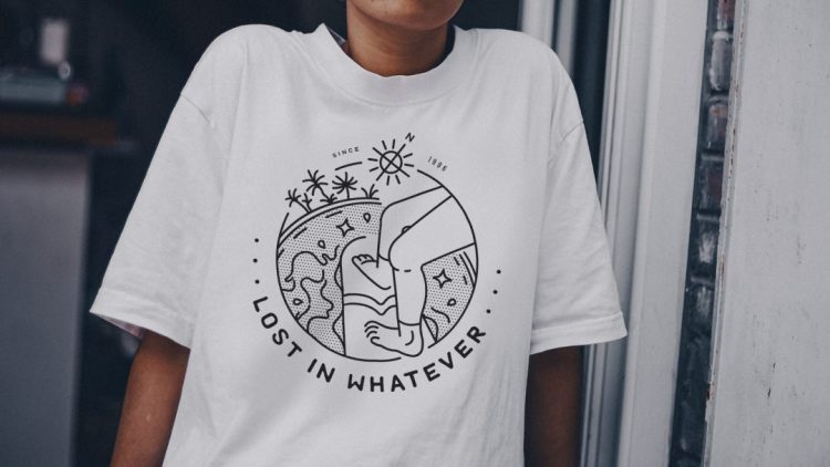 Lost_In_Whatever_Camiseta