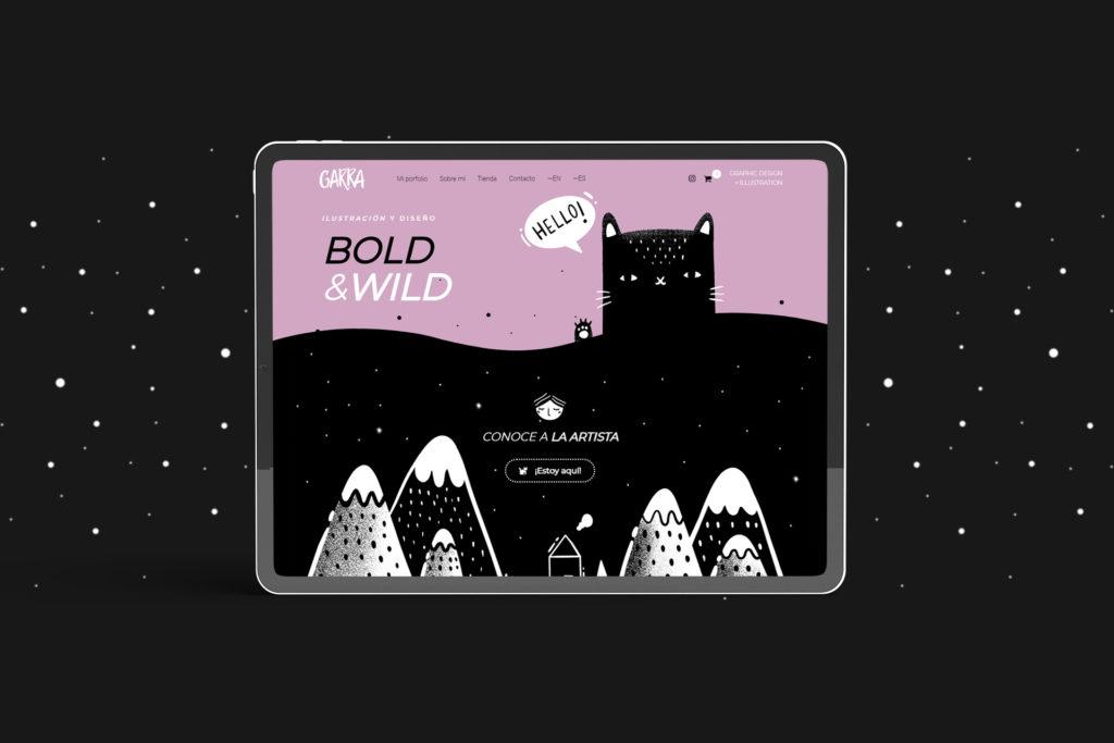 """Cabecera de garraillustration.com con un gatito negro animado que dice """"Hello"""" acompañado del texto """"Bold & Wild · Ilustración y diseño"""""""